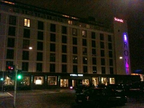DK_Dec2011_09.jpg