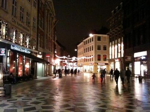 DK_Dec2011_20.jpg