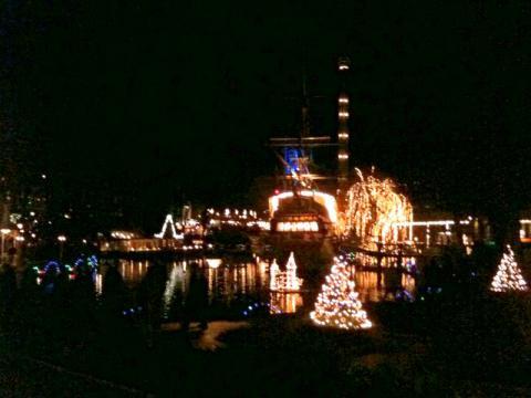 Tivoli_FW_Dec2011_24.jpg