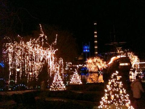 Tivoli_FW_Dec2011_26.jpg