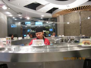 Fairmont+Sushi+006_convert_20111117122159.jpg