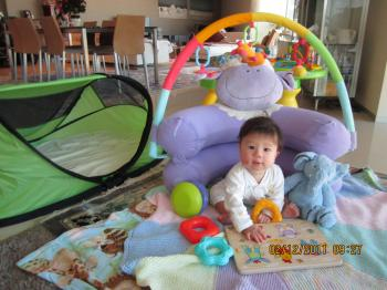 Trey+with+Tent+004_convert_20111217042718.jpg