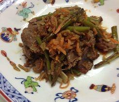 牛肉と野菜しりしり