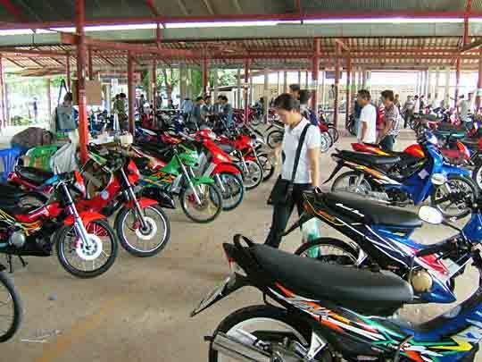 モーターバイク市