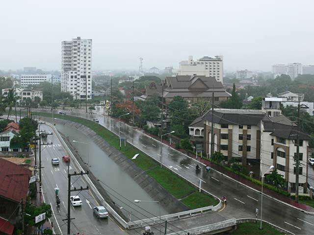 雨のチェンマイ
