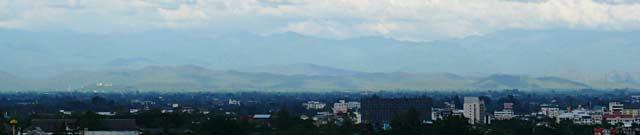チェンマイの東の山々