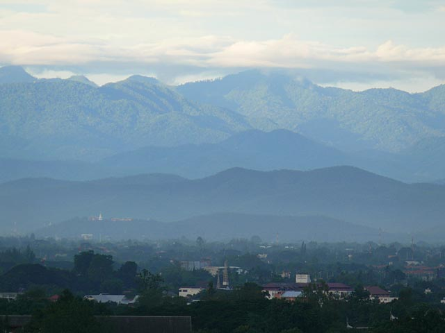 チェンマイを取り巻く山々