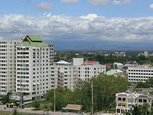 自宅アパート最上階からの眺め(2)
