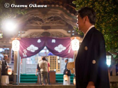 姥神大神宮渡御祭 2012 上町巡幸 神社にて待つ