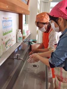 手洗い (225x300)