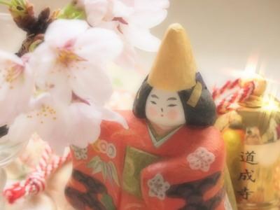 「京鹿子娘道成寺」は歌舞伎舞踊で、「安珍清姫」の後日譚のようなストーリーの踊りです。