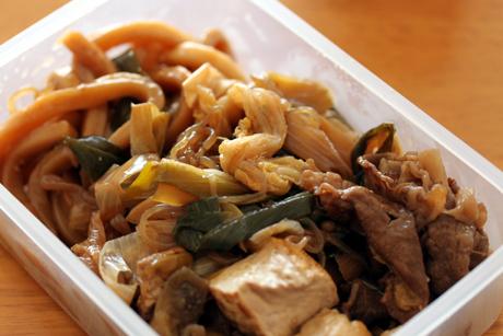 すき焼き弁当3