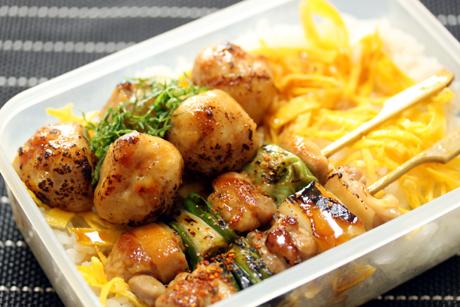 焼き鳥丼弁当