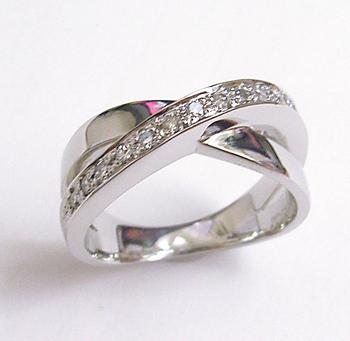 $沖縄で婚約&結婚指輪の上手な見つけ方-沖縄 結婚指輪  012