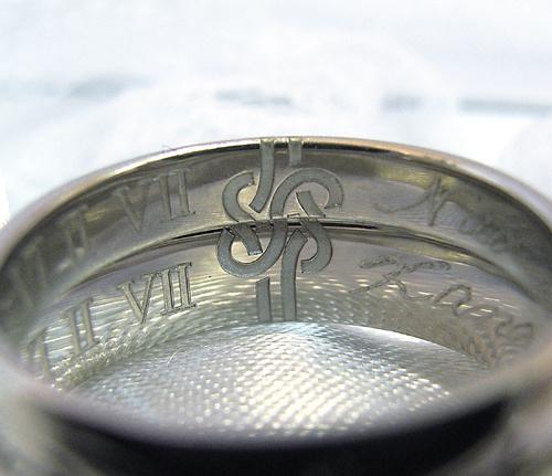 $沖縄で婚約&結婚指輪の上手な見つけ方-沖縄婚約結婚指輪000186