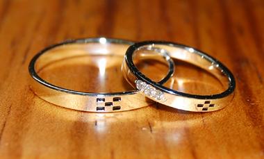 $結婚指輪&婚約指輪の沖縄で上手な見つけ方-結婚指輪 婚約指輪 沖縄ミンサー柄 指輪