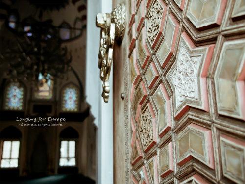 トルコ文化会館 ドア