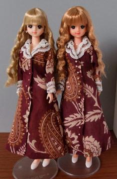 三つ編みソバージュ双子。