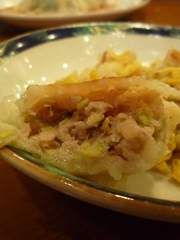 餃子の街☆蒲田の春香園で小籠包のような焼き餃子を食らう!