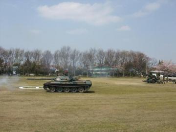 20100411自衛隊花見6