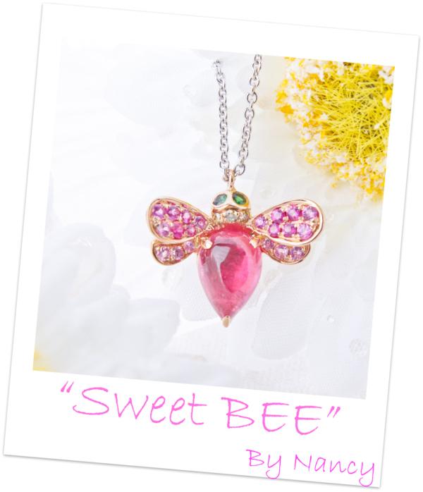 ピンクはちネックレス-1