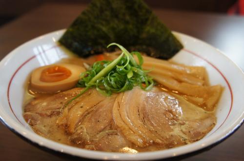 成ル。麺!