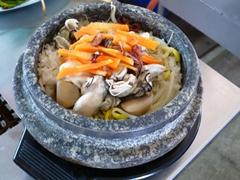 忠清南道名物の牡蠣ご飯