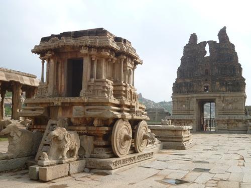 ビィッタラ寺院