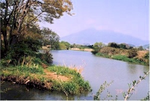 桜川と筑波山