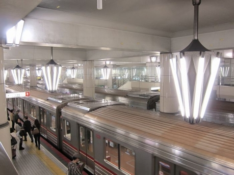 御堂筋線 天王寺駅 シャンデリア