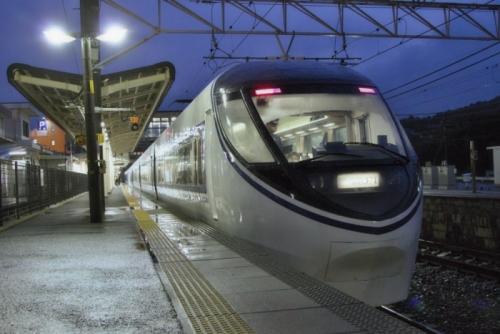 恵那駅にて371系後ろ正面