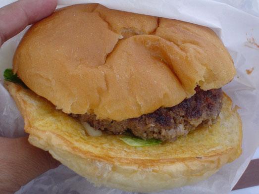 ビンゴバーガーはデカ盛りビッグサイズハンバーガー012