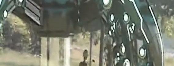 中国の森林にUFOが着陸!?宇宙人の姿をもとらえた映像が公開される