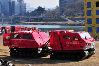 平成26年 岡崎市消防出初式 全地形対応車 レッドサラマンダー