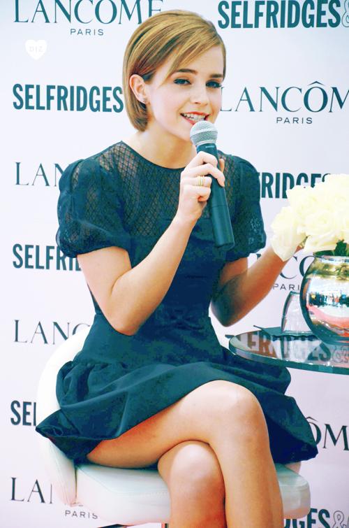 12070_Emma_Watson_LondonFeb102012_J0001_003_122_492lo.jpg