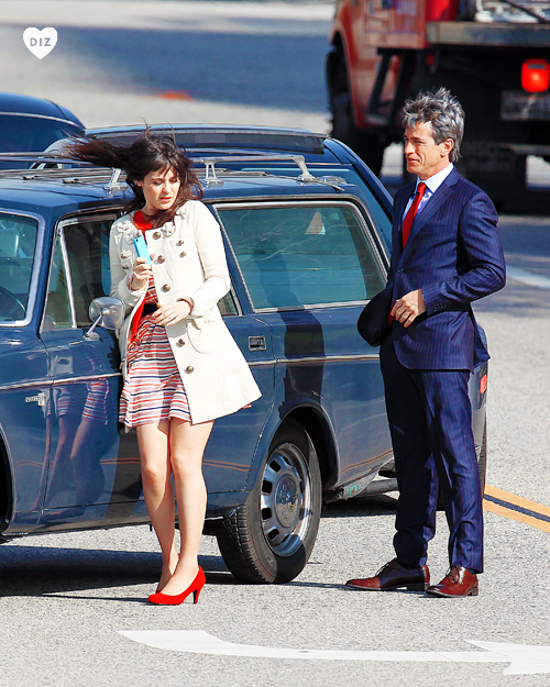 48656_Preppie_Zooey_Deschanel_and_Dermot_Mulroney_on_set_of_New_Girl_in_LA_7_122_359lo.jpg