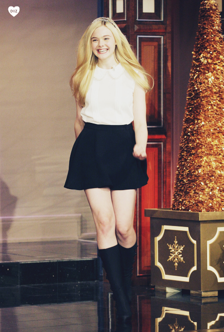 52686_Elle_Fanning_Tonight_Show_with_Jay_Leno_J0001_001_122_413lo.jpg