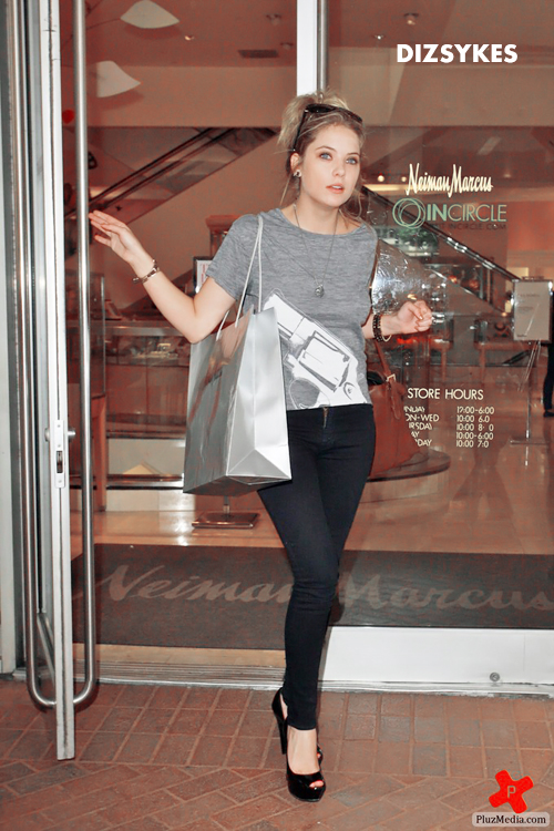 680_Ashley_Benson_outside_Neiman_Marcus-9a146ae19f05085bfe1d007c630ca436.jpg