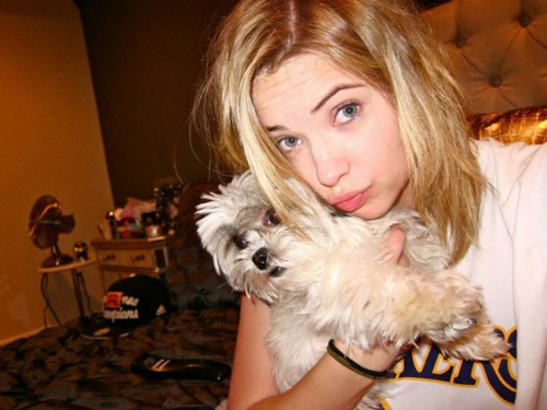 ashley-benson-olive-lakesss-570x427.jpg