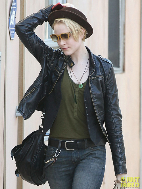 evan-rachel-wood-grocery-shopping-02.jpg