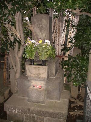 慈眼寺 芥川龍之介の墓