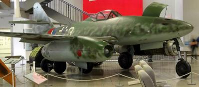 Messerschmitt_Me_262.jpg