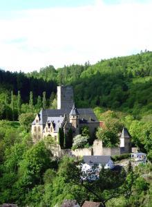 Schloss_Kransberg_Totale.jpg