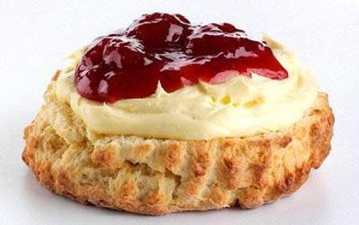 p_scone-jam-cream_1712685c.jpg