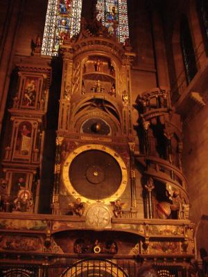 Horlarge+Cathedrale+Strasbourg_convert_20120105004547.jpg