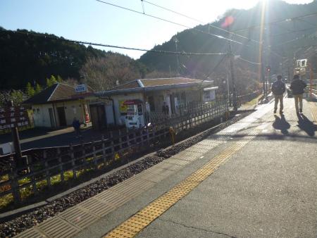 001東吾野駅