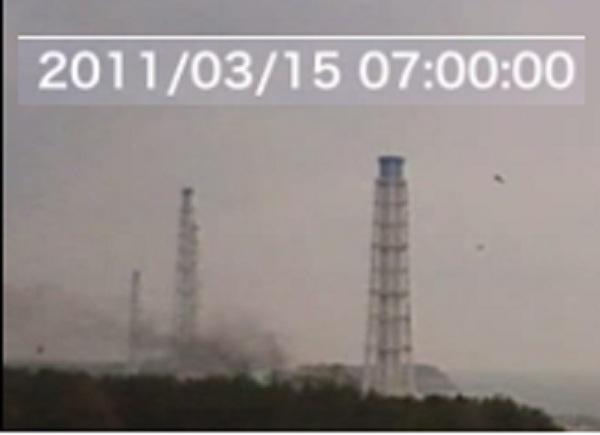 4号機爆発