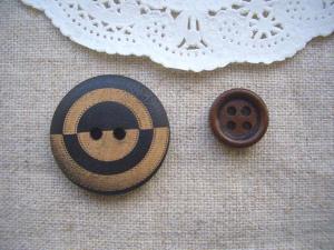 ウッドボタン2種