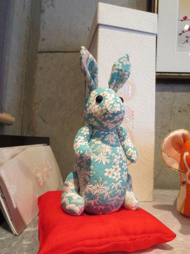 2012-03-21-12 Jerryが触った兔