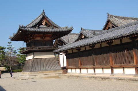 法隆寺 東院鐘楼 国宝 鎌倉時代